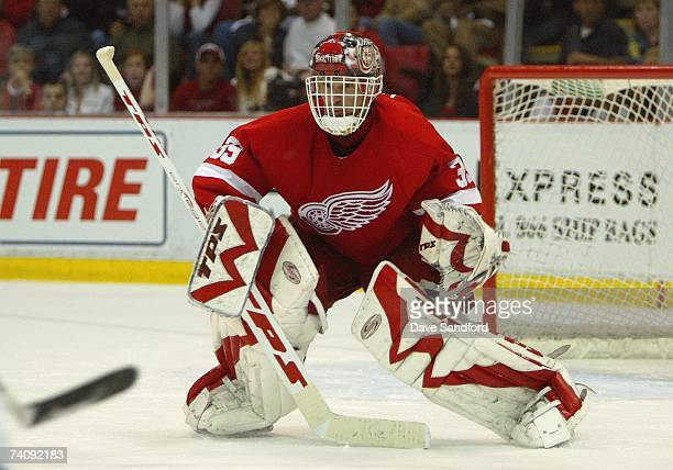 Goaltender Dominik Hasek of the Detroit Red Wings defends his net against the San Jose Sharks during Game 2 of the 2007 NHL Western Conference...