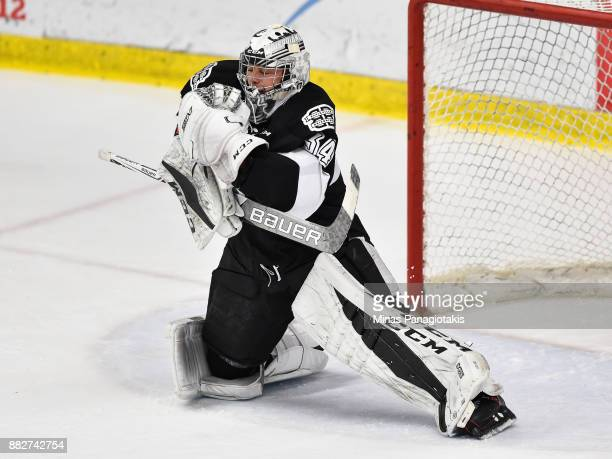 Goaltender Francis Leclerc of the BlainvilleBoisbriand Armada makes a save against the BaieComeau Drakkar during the QMJHL game at Centre...
