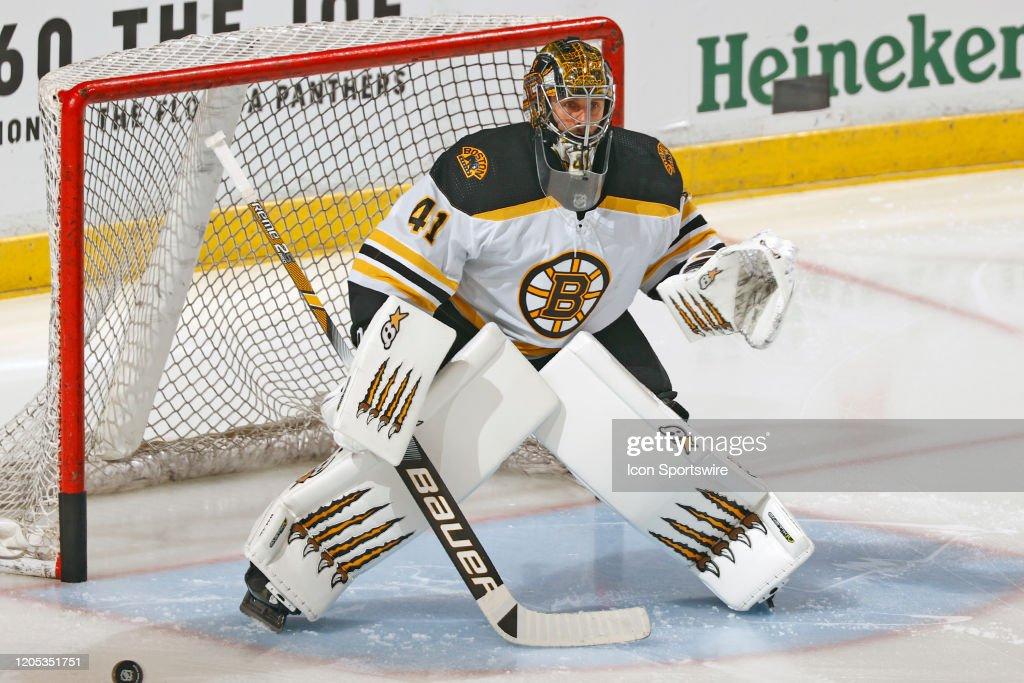 NHL: MAR 05 Bruins at Panthers : News Photo