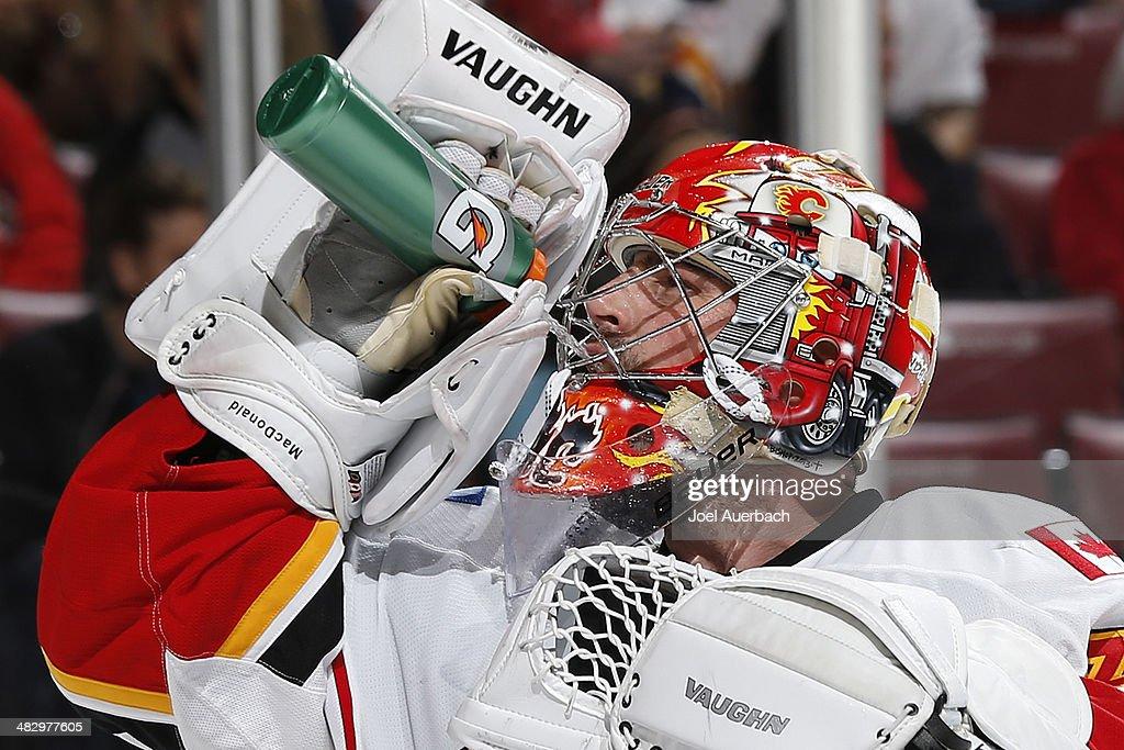 Calgary Flames v Florida Panthers : News Photo