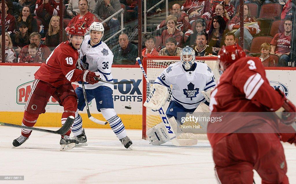 Toronto Maple Leafs v Phoenix Coyotes