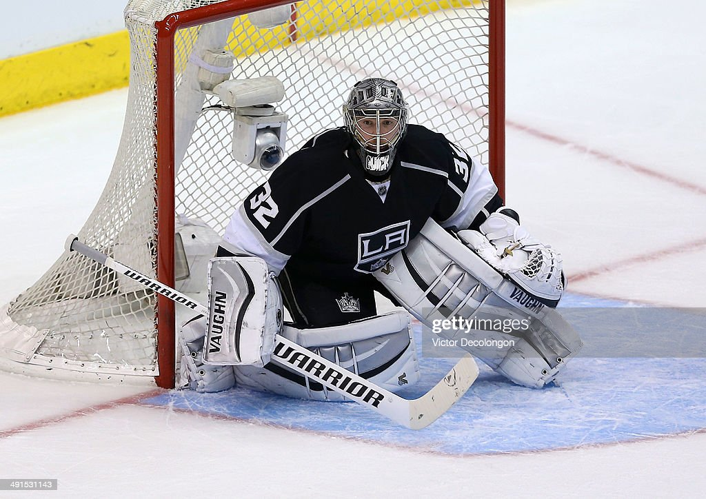 Goaltender Jonathan Quick #32 of the Los Angeles Kings defends the Kings net during the second period of Game Six of the Second Round of the 2014 NHL Stanley Cup Playoffs against the Anaheim Ducks at Staples Center on May 14, 2014 in Los Angeles, California. The Kings defeated the Ducks 2-1.