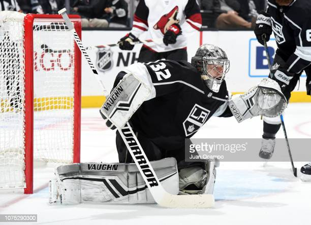 Goaltender Jonathan Quick of the Los Angeles Kings tends net during the second period of the game against the Arizona Coyotes at STAPLES Center on...