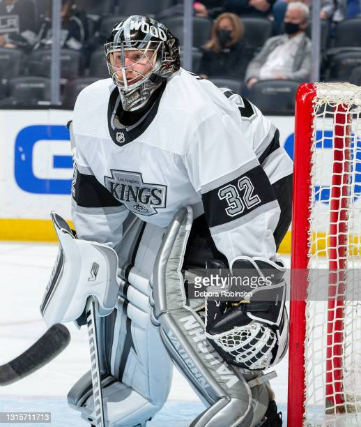 Goaltender Jonathan Quick of the Los Angeles Kings tends net during the second period of the game against the Anaheim Ducks at Honda Center on April...