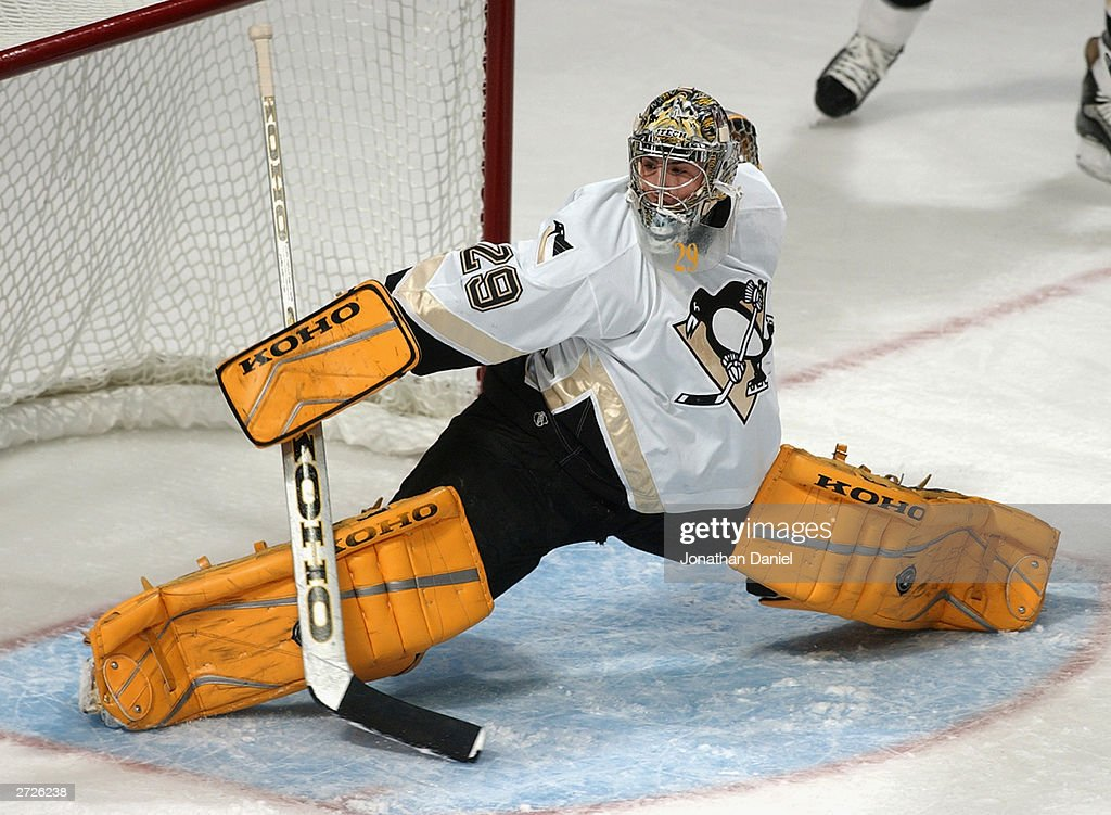 Marc-Andre Fleury makes a save : News Photo