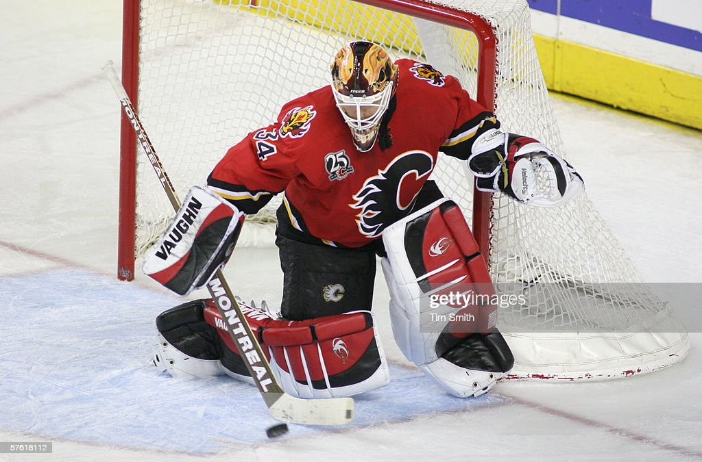 Anaheim Mighty Ducks v Calgary Flames : News Photo