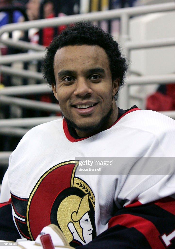Ottawa Senators v Carolina Hurricanes : News Photo