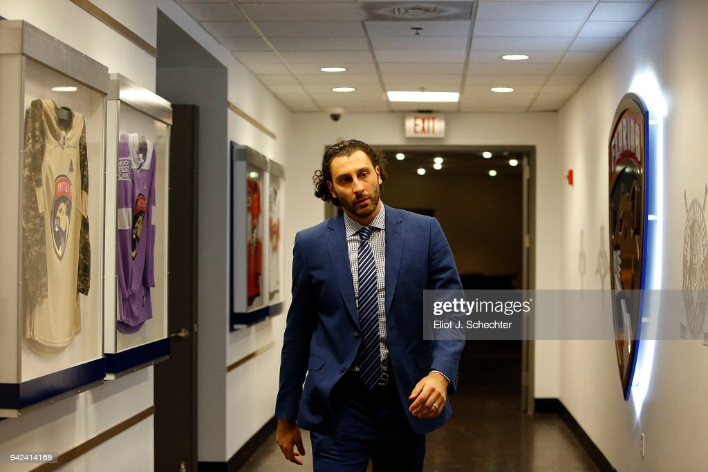 Goaltender Roberto Luongo #1 of the Florida Panthers arrives for tonights game against the Boston Bruins at the BB&T Center on April 5, 2018 in Sunrise, Florida.