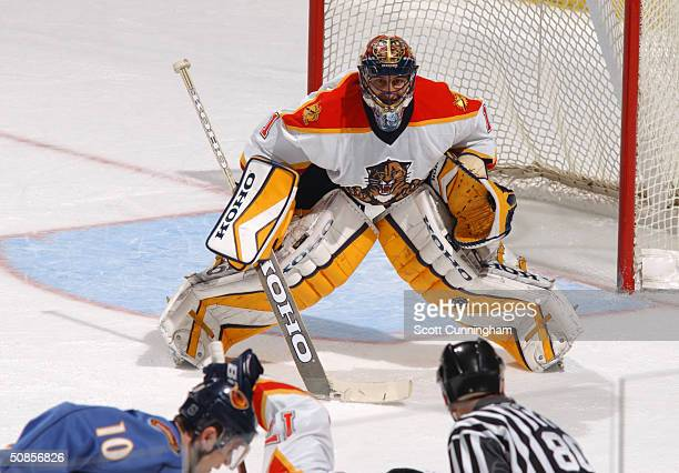 Goaltender Roberto Luongo of the Florida Panthers protects the net from the Atlanta Thrashers during the game at the Philips Arena on March 19, 2004...