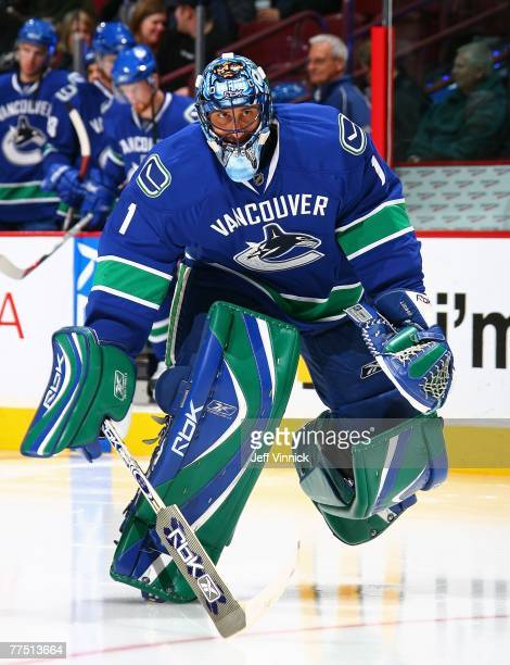 Goaltender Roberto Luongo of the Vancouver Canucks skates onto the ice against the Los Angeles Kings at General Motors Place on October 19, 2007 in...