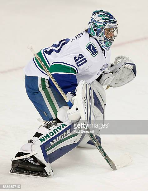 Goaltender Ryan Miller of the Vancouver Canucks plays in the game against the New York Islanders at Barclays Center on January 17 2016 in Brooklyn...