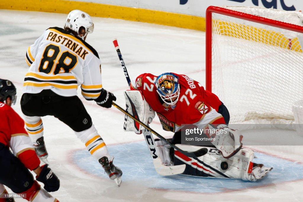 NHL: DEC 14 Bruins at Panthers : News Photo