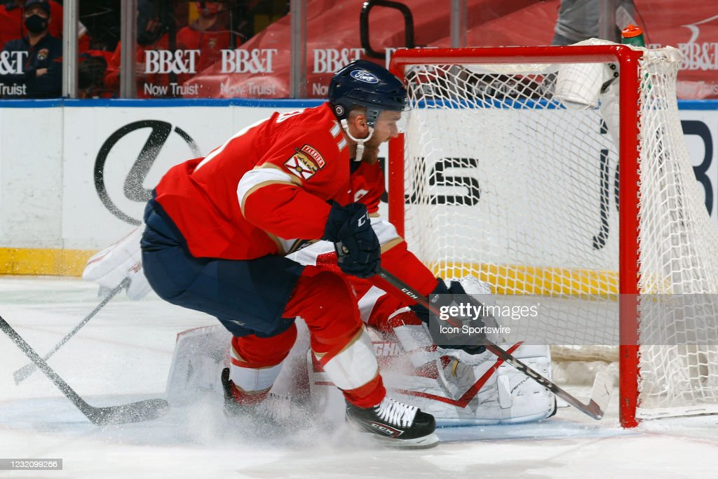 NHL: APR 01 Red Wings at Panthers : News Photo