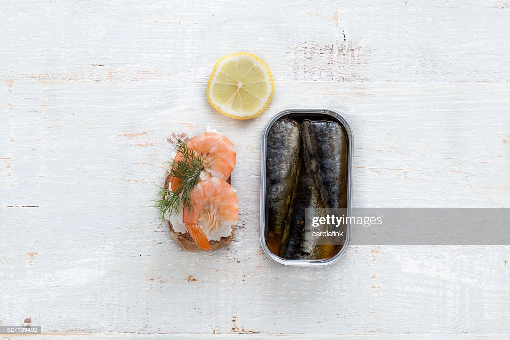 Goat cheese canapé with sardines : Stock-Foto