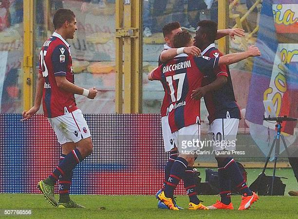 Godfred Donsah of Bologna FC celebrates after scoring his team's second goal during the Serie A match between Bologna FC and UC Sampdoria at Stadio...