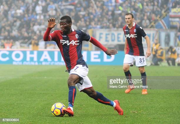 Godfred Donsah of Bologna FC in action during the Serie A match between Bologna FC and UC Sampdoria at Stadio Renato Dall'Ara on November 25 2017 in...