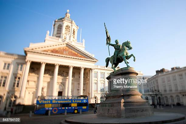 Godfrey de Bouillon, the first ruler of the Kingdom of Jerusalem, and the Saint-Jacques-sur-Coudenberg church are seen on the Royal square of Brussels