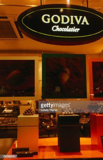 godiva chocolate shop. - lady godiva stock pictures, royalty-free photos & images