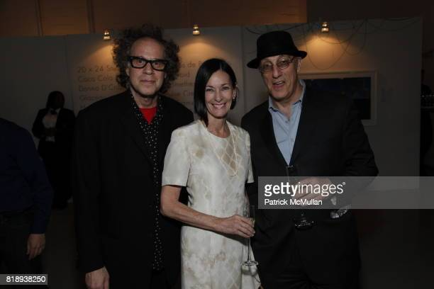 Godlis Amy Rosi and Peter Rosenthal attend The FREE ARTS NYC 12th Annual Art Auction Benefit Presented by VANITY FAIR DAVID YURMAN at Saatchi Saatchi...