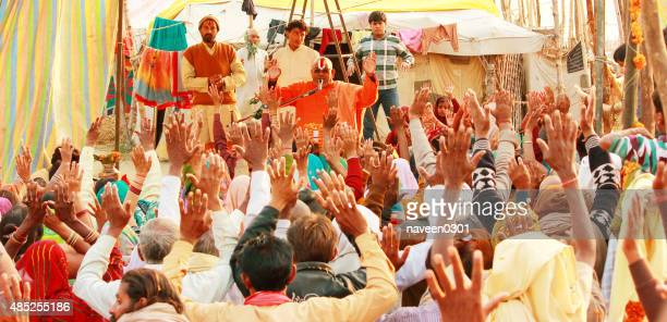 godman preaching in ashram - hinduism stock pictures, royalty-free photos & images
