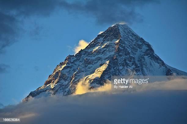 godwin austen (k2) - 8611 m - k2 mountain stock pictures, royalty-free photos & images
