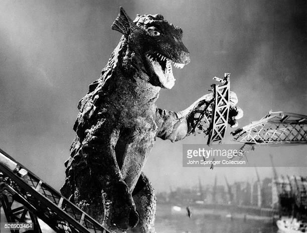 A Godzillalike creature destroys a London bridge in the film Gorgo