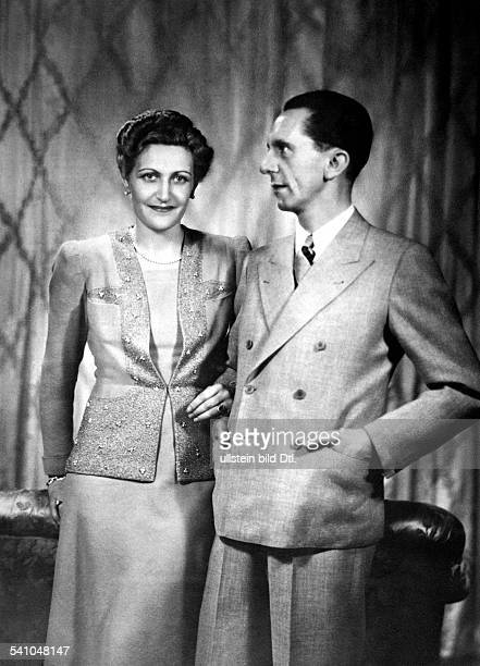 Goebbels Joseph Politician NSDAP Germany *29101897 with his wife Magda Photographer Ernst Sandau Published by 'BZ' Vintage property of ullstein bild
