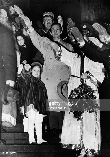 Goebbels Joseph Politician NSDAP Germany*20041889with his daughter Helga und Hilde at the opening of a Christmas Market Photographer Herbert Hoffmann...