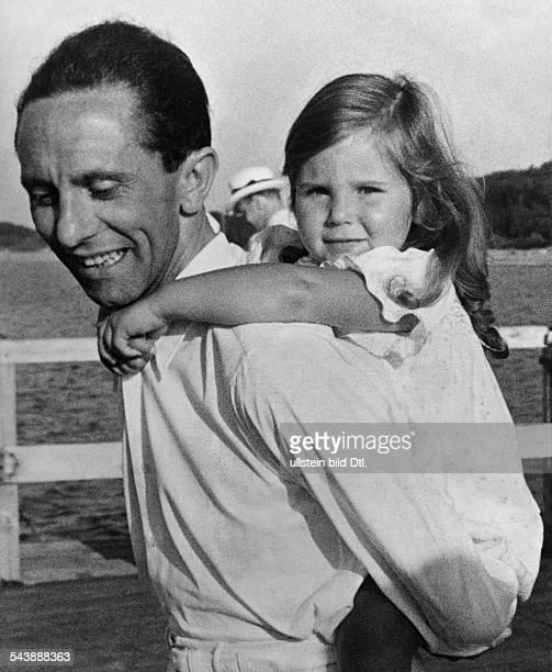 Goebbels Joseph Politician NSDAP Germany*29101897 with his daughter Helga on the Seebruecke Heiligendamm 1935 Photographer PresseIllustrationen...
