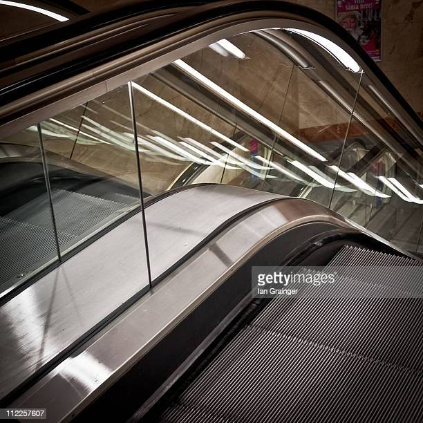 going down - ian grainger stock pictures, royalty-free photos & images