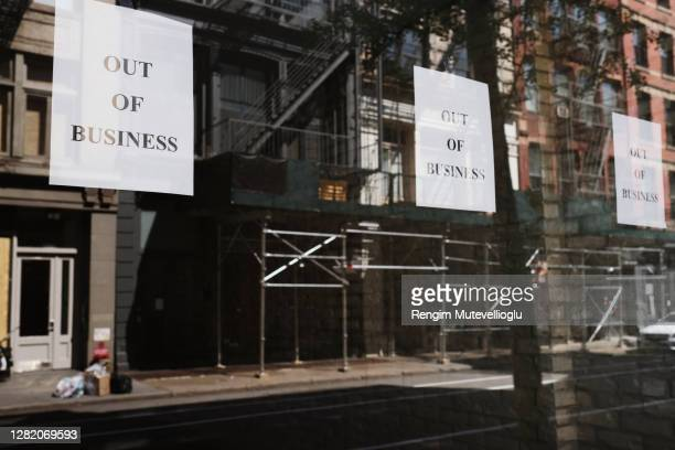 going out of business signs - closing stock pictures, royalty-free photos & images