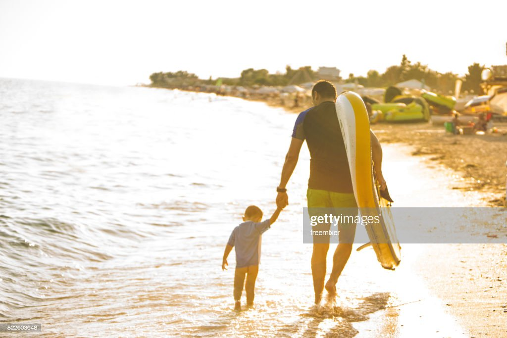 Going to surf : Stock Photo