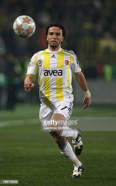 Gokhan Gonul of Fenercahce in action during the UEFA Champions League First Knock Out Round First Leg match between Fenerbahce SK and Sevilla at the...