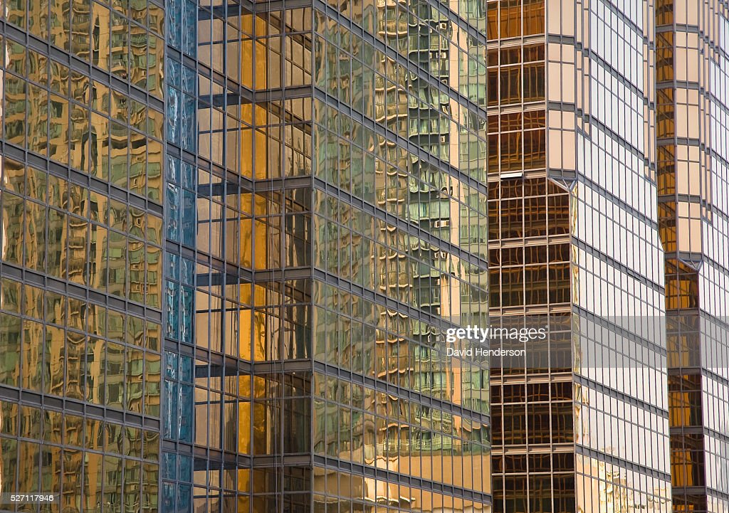 Gold and green contemporary buttresses : Stock Photo
