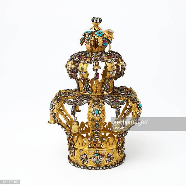 Gold and silver Torah crown with diamonds emeralds rubies amethysts and turquoises Vienna ca 1825 178 cm x 127 cm