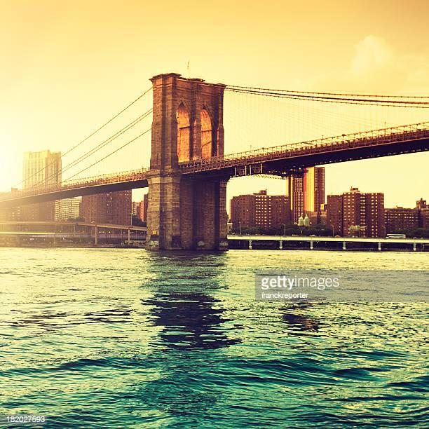 Gold Brooklyn Bridge in Manhattan - NYC