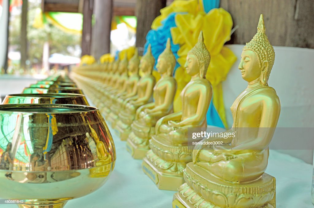 gold buddha statue : Stock Photo