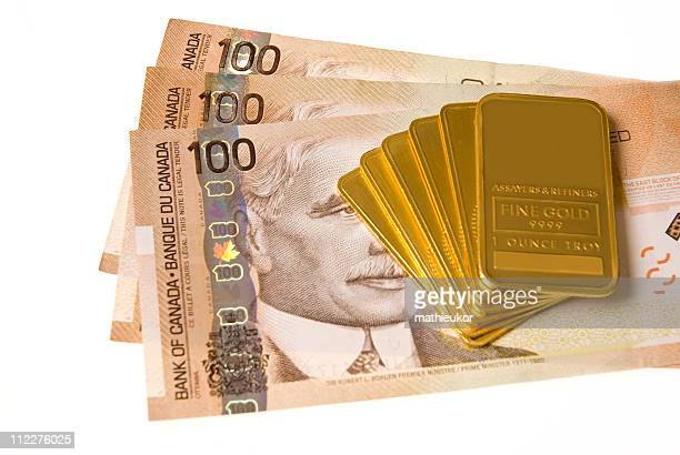 gold - close-up - canadian one hundred dollar bill stock pictures, royalty-free photos & images