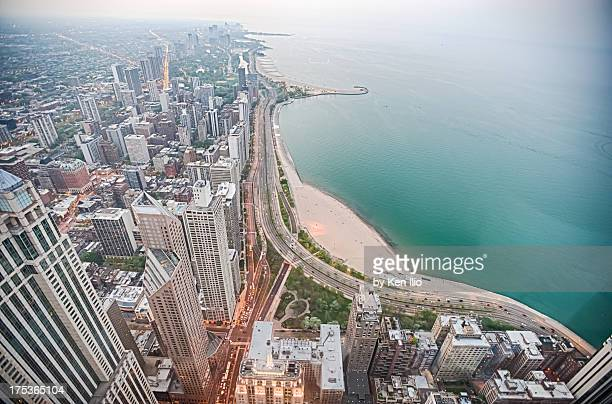 gold coast of chicago - ken ilio stock pictures, royalty-free photos & images