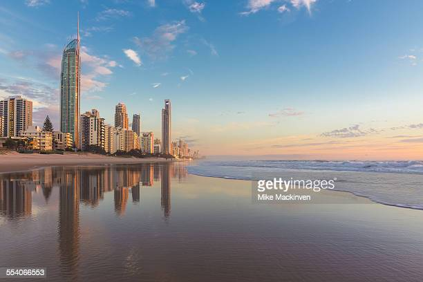 gold coast sunrise - gold coast queensland stock pictures, royalty-free photos & images