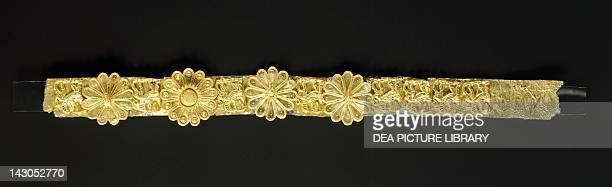 Gold crown from Kos Goldsmith art Greek Civilization Athens Moussío Benáki