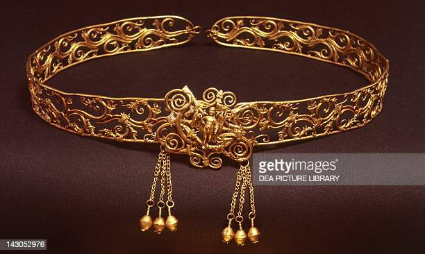 Gold crown with pendant from the Hellenistic age From Thessaly Goldsmith art Greek Civilization 4th1st Century BC Athens Ethnikó Arheologikó Moussío