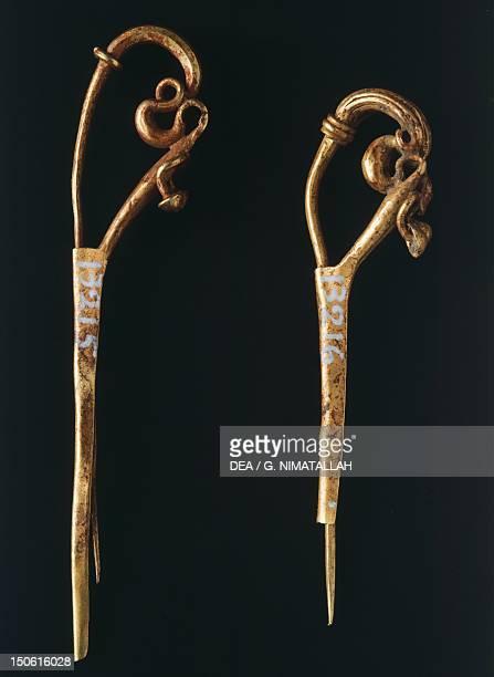 Gold dragon head fibula from Praeneste Etruscan Civilization 7th Century BC