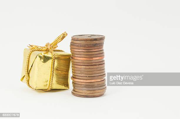 gold gift and Euro Cents