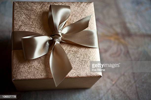 Gold Gift Packaging for any Occasion