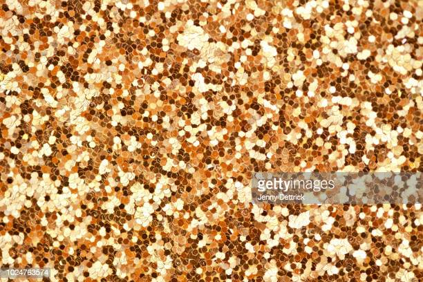 gold glitter - christmas wallpaper stock pictures, royalty-free photos & images