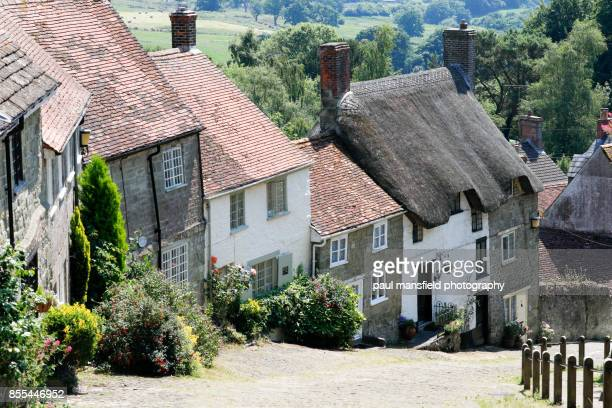 gold hill, shaftesbury, dorset - 英国 ドーセット ストックフォトと画像