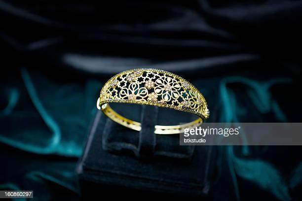 Gold Jewelry (XXXL)