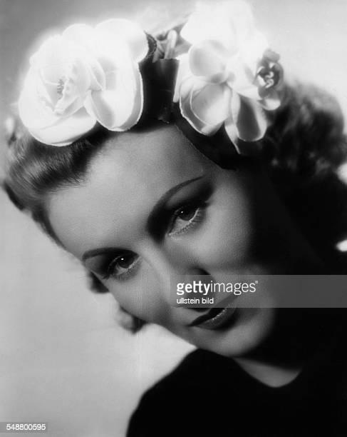 Gold Kaethe Actress Austria *11021907 Portrait from the movie 'Das Fraeulein von Barnhelm' 1940 Photographer Karl Ludwig Haenchen Published by...