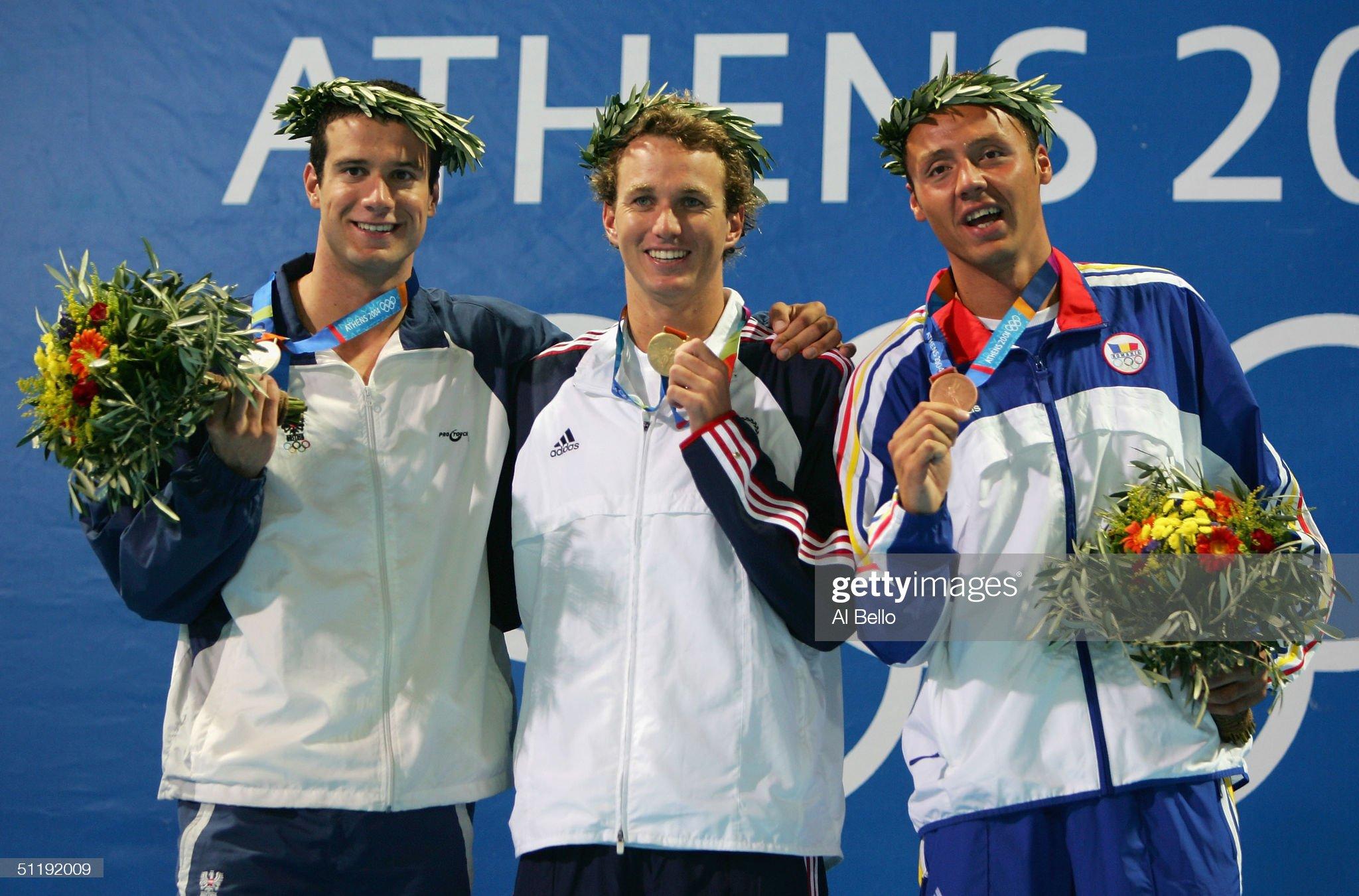 Mens 200m Backstroke Medal Ceremony : Fotografía de noticias